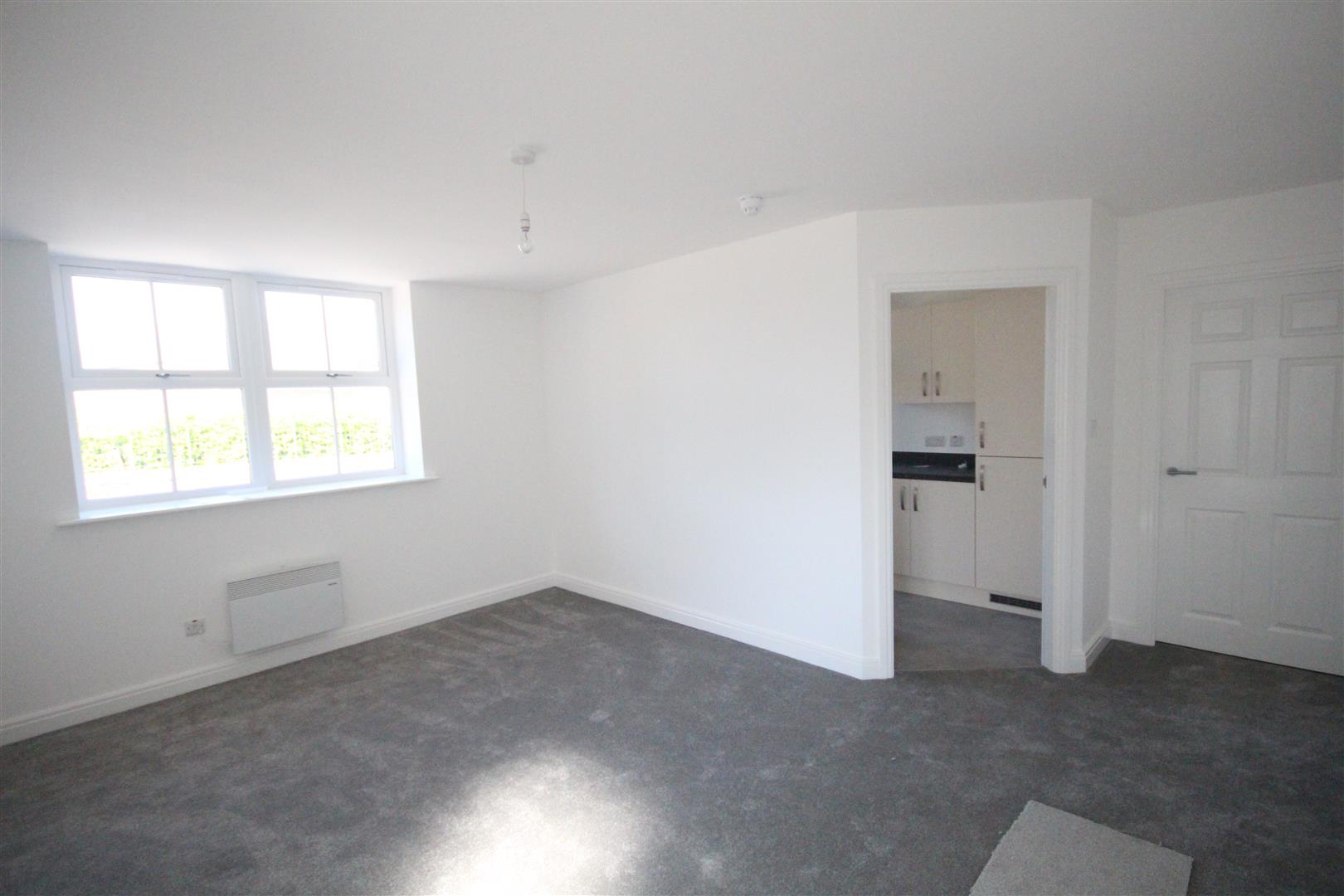 1 bedroom flat Let Agreed in Earby - Property photograph